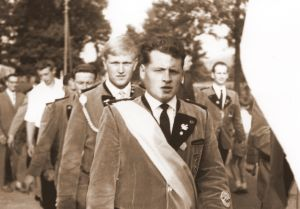 1962a